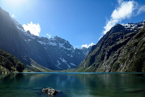 Озеро Мариан.