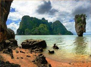 В заливе Пханг Нга. Андаманское море. Таиланд - 01.jpg